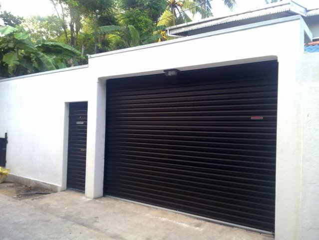 Beau Domestic Roller Doors